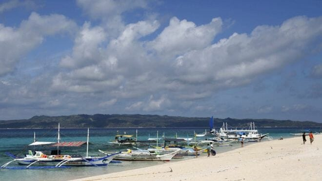 Government of Philippines to shut down Boracay, the country's top tourist attraction, due to pollution